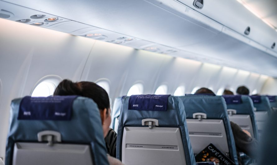 Les choses que vous ne devriez jamais faire dans un avion